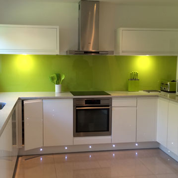 Newly fitted Green Kitchen